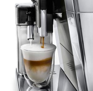 DeLonghi PrimaDonna Elite cappuccino