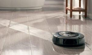 Robotdammsugare moppning av golv