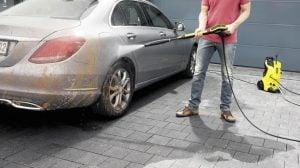 Högtryckstvätt bil